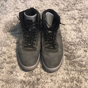 Gentle used Nike Air tennis shoes